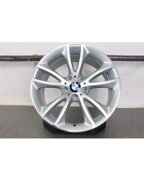 1x Original BMW 5er F10 Limousine / 6er F06 F12 F13 18 Zoll Alufelge für die Hinterachse 366 V-Speiche