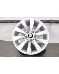 Original BMW 3er F30 F31 4er F32 F33 F36 17 Zoll Alufelge 413 V-Speiche Silber