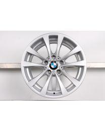 Original BMW 3er F30 F31 / 4er F32 F33 F36 17 Zoll Alufelge für die Hinterachse 395 V-Speiche Silber