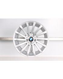1x Original BMW 3er E90 E91 E92 E93 18 Zoll Alufelge 196 Radialspeiche Silber